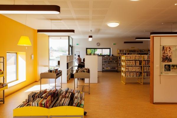 photo-d-accroche-bibliotheque425AB470-7565-8E0B-7EB6-AB6E682CEE6F.jpg